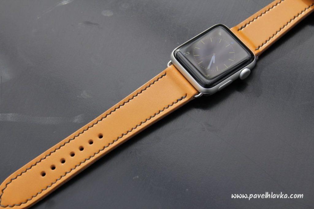 Kožený řemínek pro hodinky Apple watch English bridle